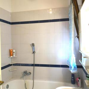 Venaria - bagno padronale con vasca da bagno