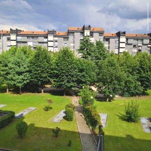 Venaria - giardino1 condominiale